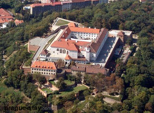 http://prague-stay.com/img/10918/2/false/prague%20spilberk%20castle%201.png