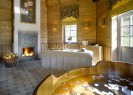 Chateau Mcely | Honey Therapeutic Suite