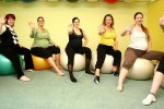 Studio pro ženy | Pregnant Women Exercising with Fitness Balls