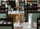 Parnas | Prague Fine Dining | Interior | Table