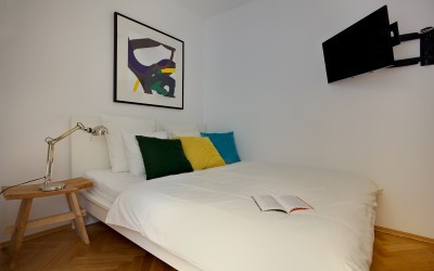 Studio with Bed, TV
