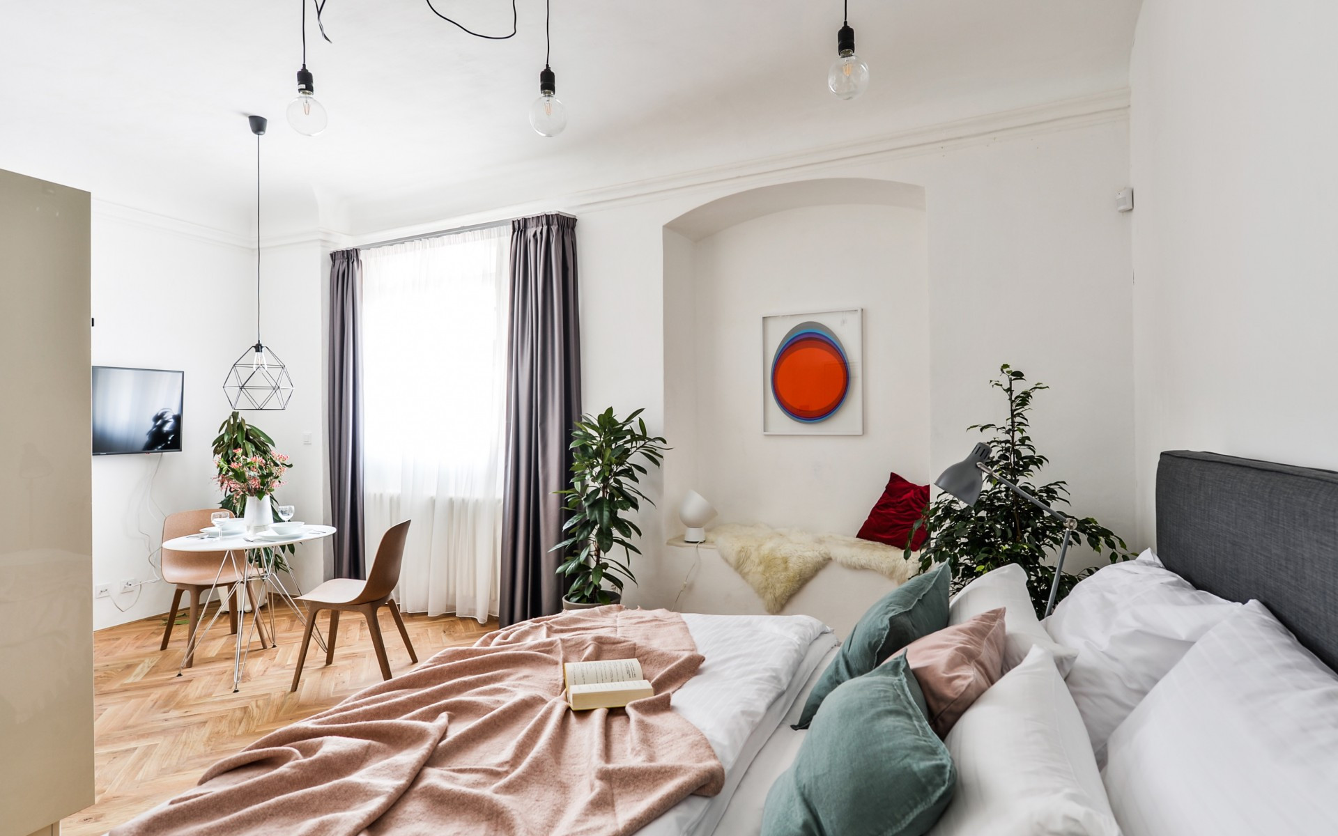 Freesia Apartment