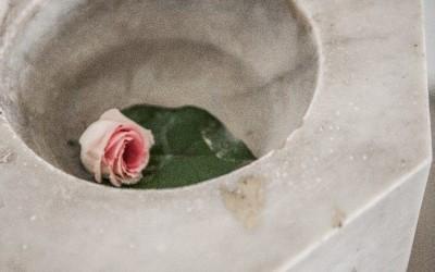 Чаша для святой воды | апартамент Iris