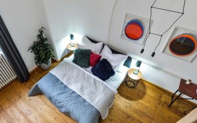 Кровать в апартаменте Iris