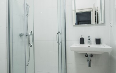 Tile Bathroom w/ Shower and Sink