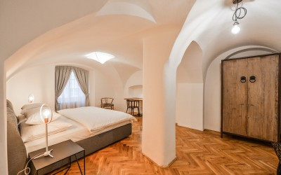 Large Bedroom with Baroque Ceiling
