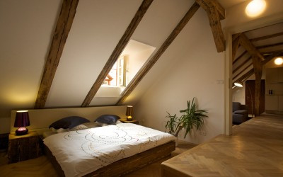 Attractive Bedroom with Beams